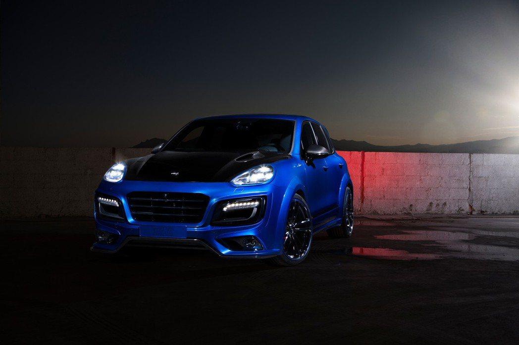 近日TechArt又推新作品,新一代Cayenne最新版的Magnum車輛配件組...