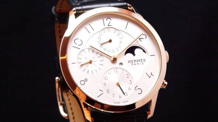 Hermes Slim dHermes超薄萬年曆表。