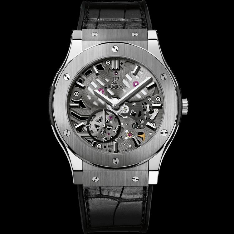Hublot超薄鏤空鈦金屬腕表。