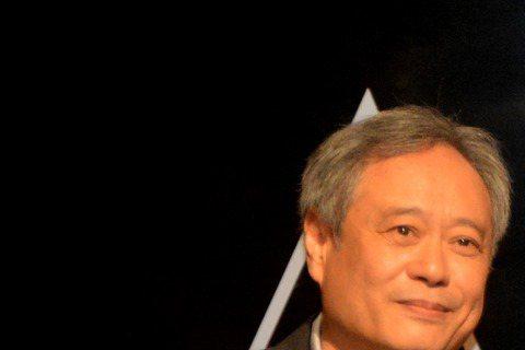第88屆奧斯卡頒獎典禮,典禮中因主持人克里斯洛克在典禮中對亞裔兒童有所歧視,知名導演李安與多位亞洲電影工作者遞出一封抗議信;對此,奧斯卡發言人也隨即出面道歉。【中央社/洛杉磯15日綜合外電報導】美國...