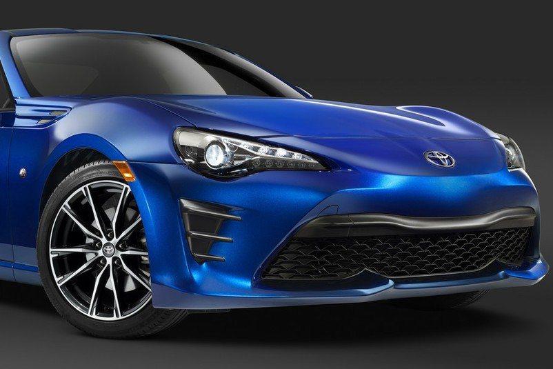 全新Toyota 86更為帥氣的車身造型未上市已引起車迷熱烈討論,原廠預計今年紐...