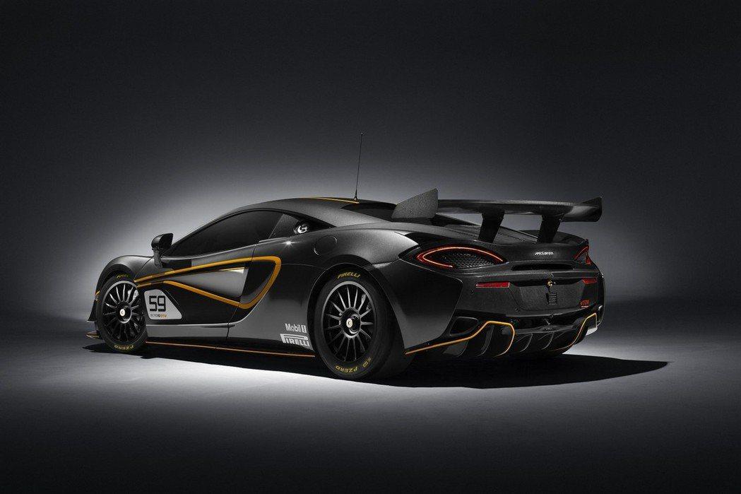 570S GT4在動力表現方面,將採用3.8升V8雙渦輪增壓汽油引擎。 摘自Mc...