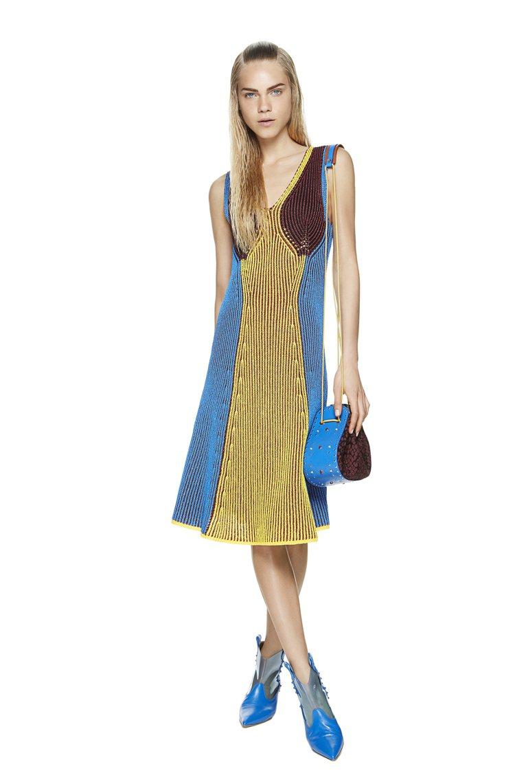 M MISSONI以傘狀過膝裙展現春夏風情。圖/M MISSONI提供