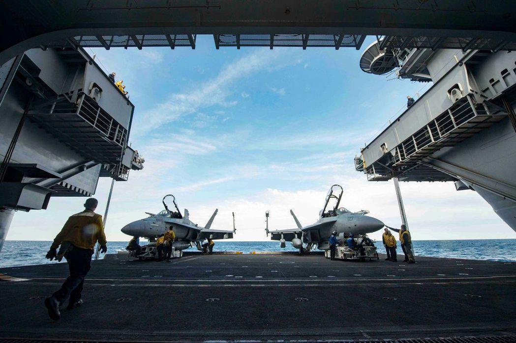 美軍高層一概拒絕談論美國是否對南海設立任何底線,堅稱這是政治問題,必須由政府高層...
