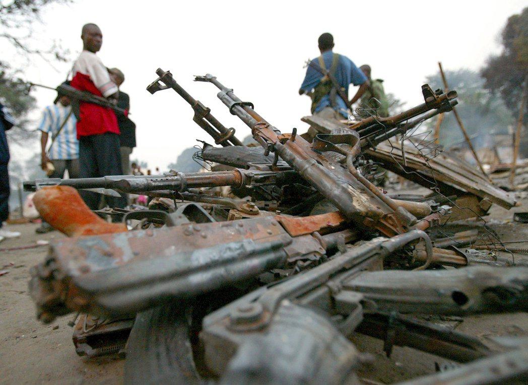 3月22日:剛果解放運動的部隊,在中非境內姦淫擄掠,被ICC判決為「戰爭罪」。圖...
