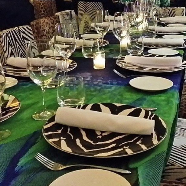Roberto Cavalli在邁阿密的Cavalli Miami餐廳,動物圖騰...