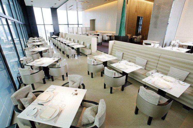 香奈兒Beige Alain Ducasse餐廳,深受時尚女性的喜愛。圖/Cha...