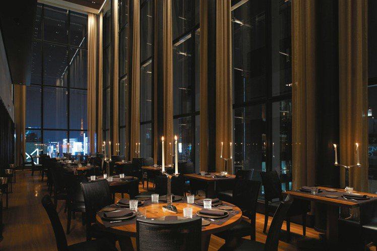 位於東京的寶格麗飯店,餐廳風格奢華、品味不凡。圖/Bvlgari提供