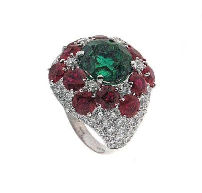 BVLGARI頂級珠寶彩寶戒指,價格電洽。圖/寶格麗提供