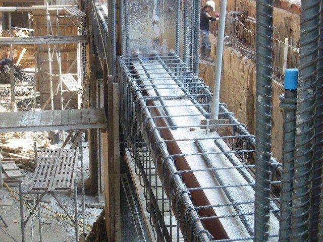 SRC(鋼骨鋼筋混凝土)工法