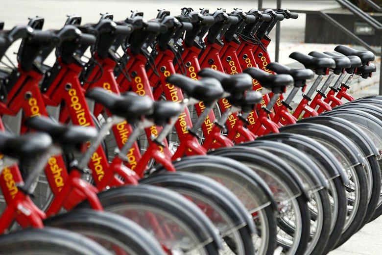 芬提的單車政策也背了一點點黑鍋,因為在他任內最後階段才上路的公共自行車系統,正是...
