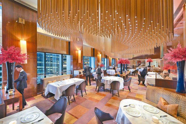 今年排名第4的Amber法式餐廳,其用餐空間優雅迷人具泱泱大氣之風。