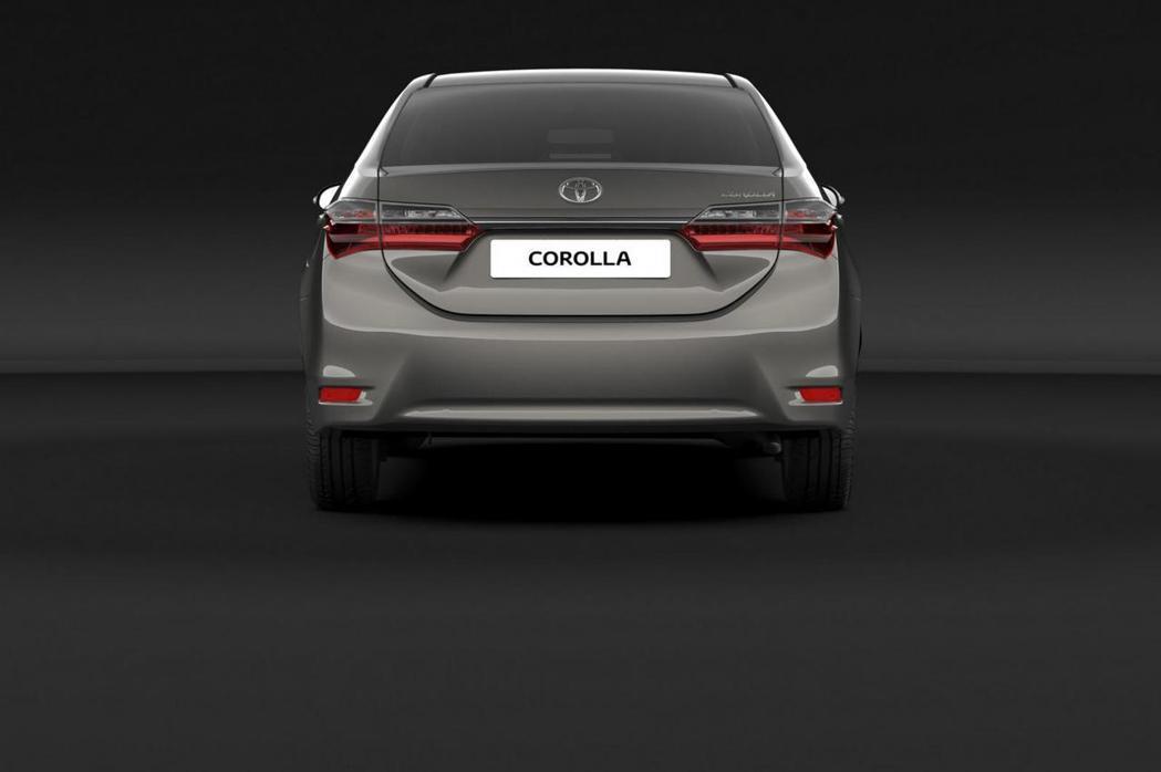 大改款Corolla車尾部分並未有太大變化,僅於車尾加裝全新尾燈組。 摘自Toy...