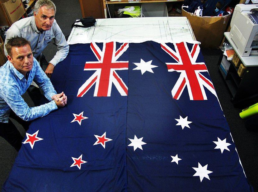 你分辨得出哪一個是紐西蘭國旗,哪一個是澳洲國旗嗎? 圖/歐新社