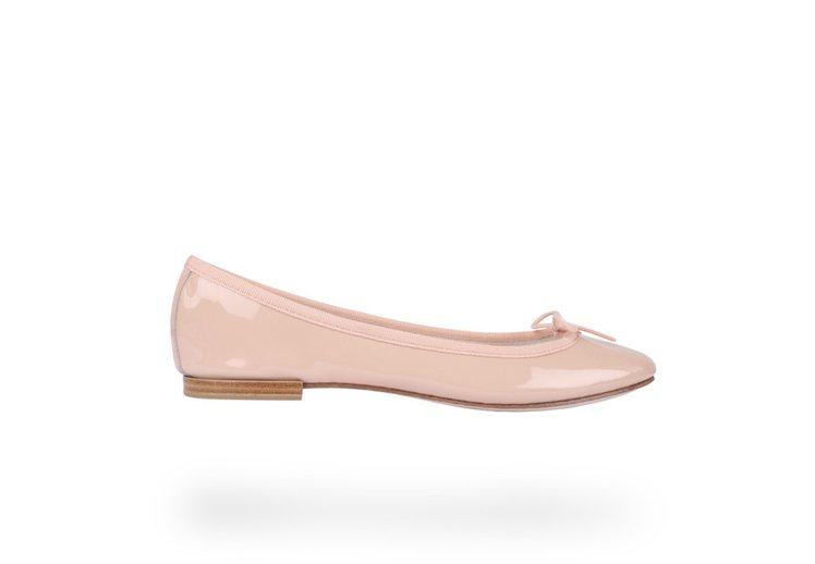 Repetto經典粉色漆皮平底鞋原價NT600,活動優惠價NT20。...