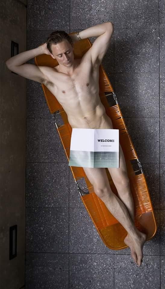 湯姆希德斯頓不脫衣服也是許多人心中的可愛帥氣男神,在《摩天樓》裡的這段戲先前於預...