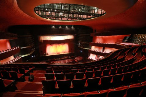 歌劇院票價事件:告別不了的三種文化人傲嬌