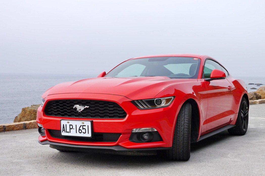 Ford Mustang至今仍是代表美式精神的經典車款。 記者陳威任/攝影