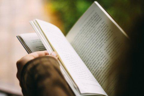 經典教與書單崇拜症是正常的嗎?