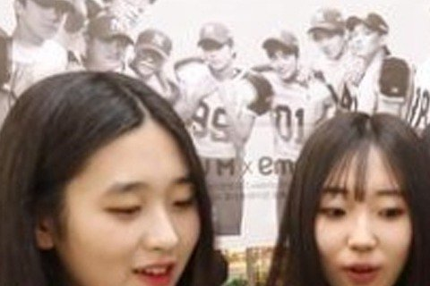 EXO手工炸醬麵、Super Junior拉麵、東方神起巧克力、少女時代爆米花......這些是什麼鬼? ? ?食物前面怎麼都加上了韓流愛豆的名稱?韓國造星工廠SM娛樂的商業頭腦過人,除了各種現...