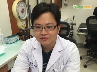 收治心房顫動病人的彰化基督教醫院心臟內科主治醫師李卓翰。