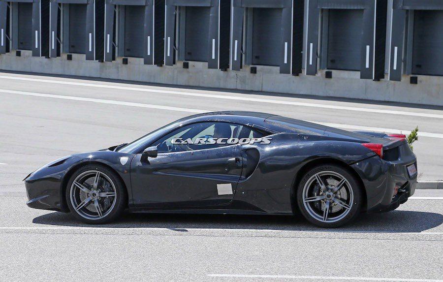 被稱為Dino的Ferrari全新車型將會代替California車系成為該品牌...