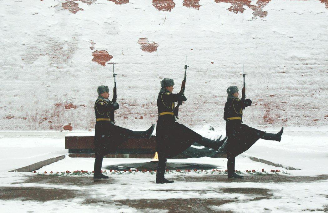 隨著人類文明的演進,對戰爭或和平的觀點亦會隨之更迭。 圖/路透社