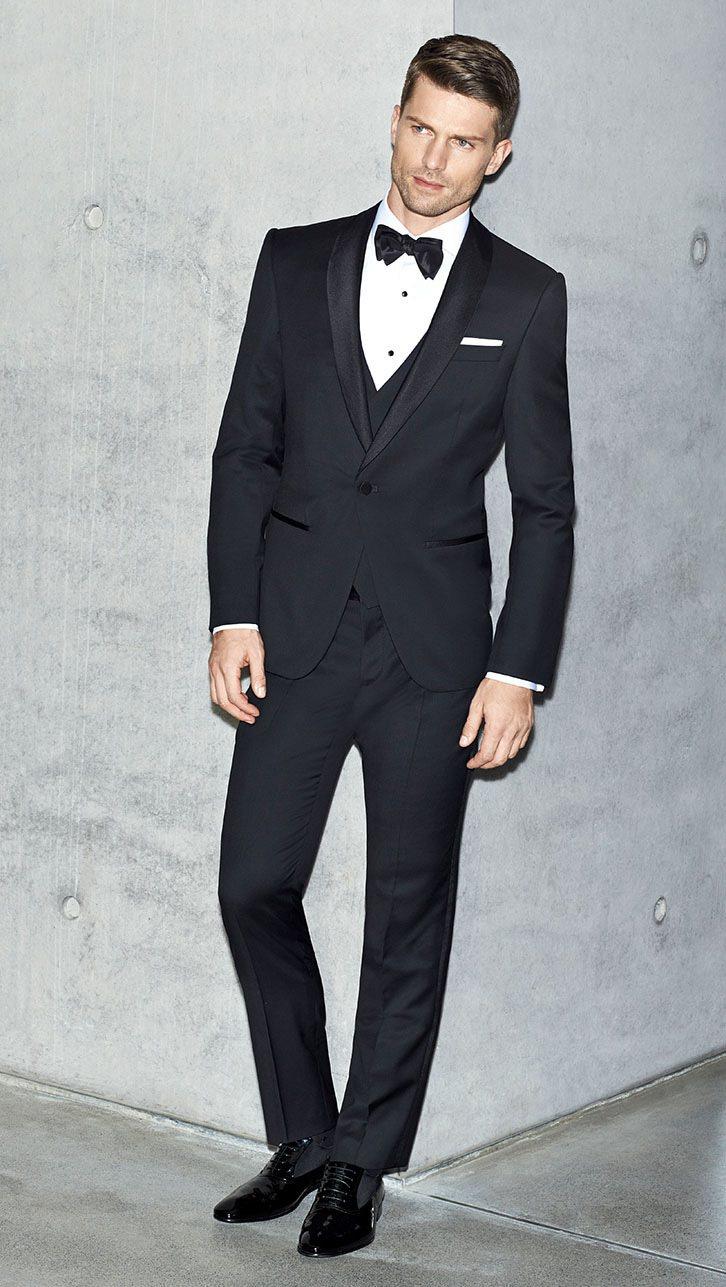 BOSS 2016早春系列男裝三件式黑色禮服。圖/BOSS提供