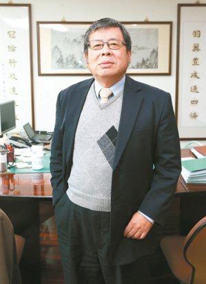 羽冠董事長鄭滄光