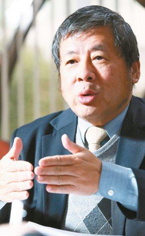 羽冠總經理鄭滄光