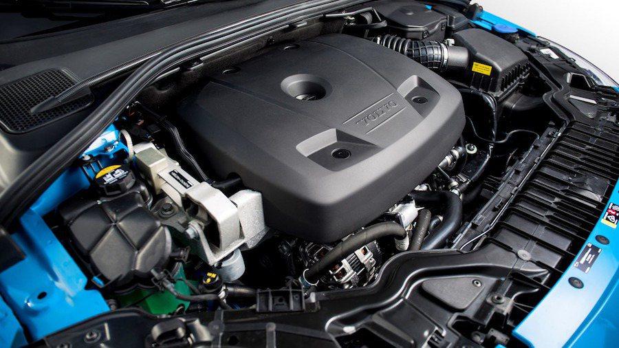 Polestar新開發的四缸引擎具備了渦輪與機械雙增壓,擁有367hp的最大馬力...