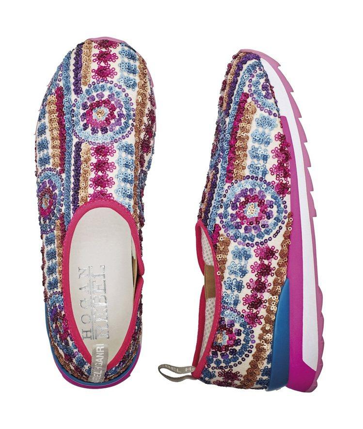 彩色亮片刺繡休閒鞋,售價13,600元。圖/HOGAN提供