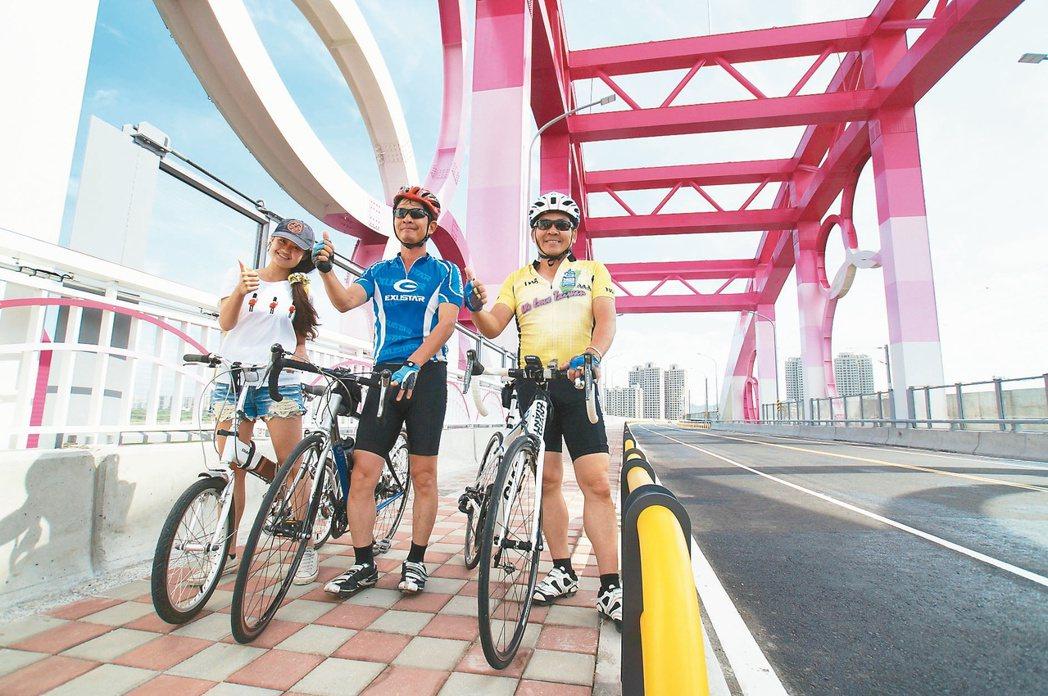 林智堅以「加速吧!新竹」的主軸創造百日勝選傳奇。圖為新竹的興隆大橋。 圖/讀者提...