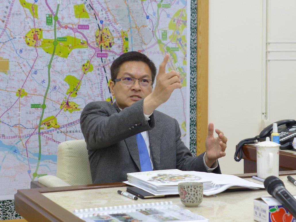 彰化縣過去產生兩位民進黨縣長連任都失利,魏明谷剛當選即背負破除「只當一任」的魔咒...