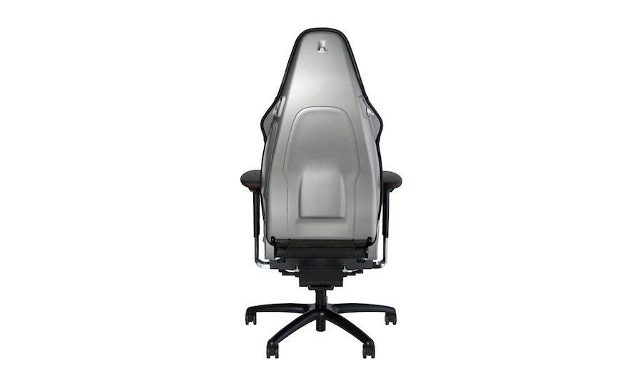 這張要價6570美金(約新台幣21萬)的911辦公椅想購買的話口袋還是要有點深。...
