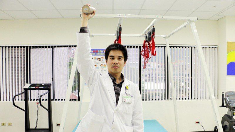 手部肌力訓練 圖/本報資料照片