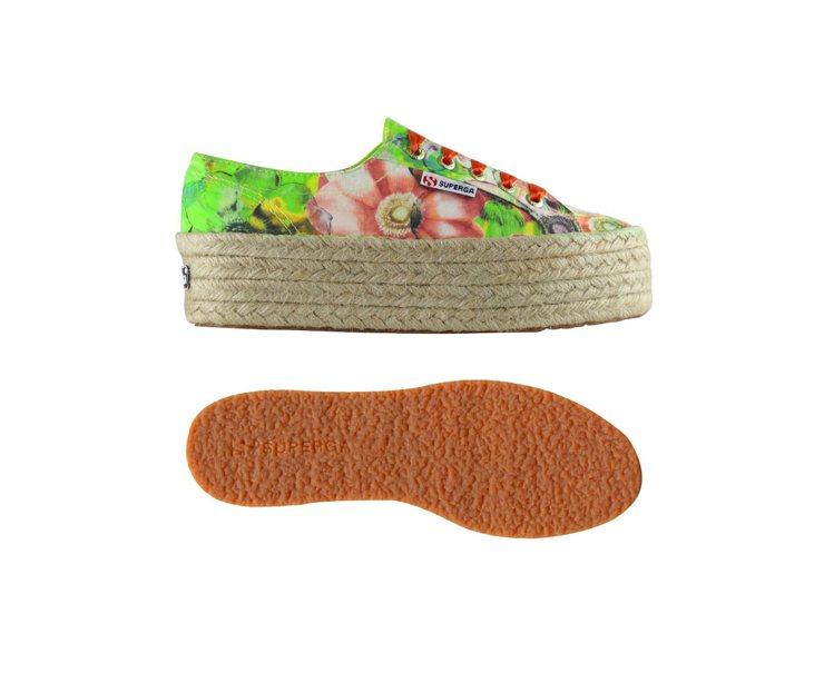 SUPERGA花朵風帆布編織鞋,3,280元。圖/SUPERGA提供