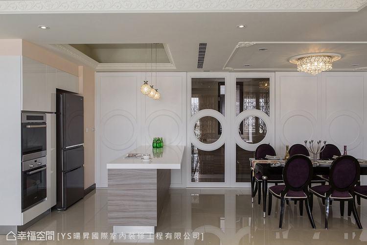 ▲餐廚區: 延長中島的長度,並使之與餐廳領域整併,滿足屋主與親友們享用美食與情感...