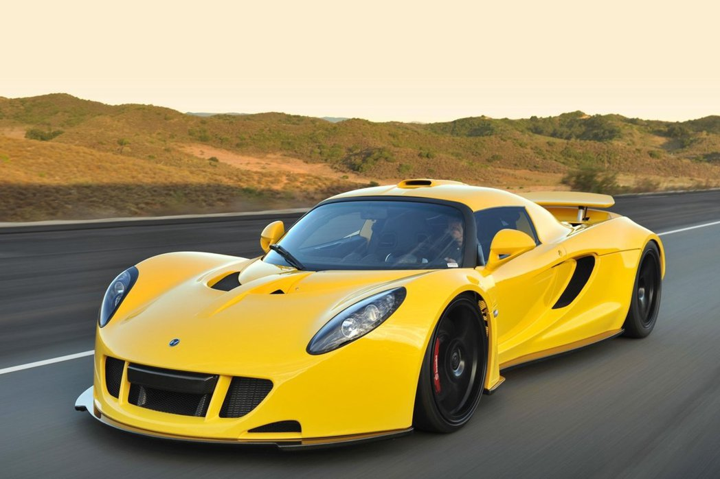 2014年,Hennessey推出Venom GT以435km/h的最高極速擊敗...