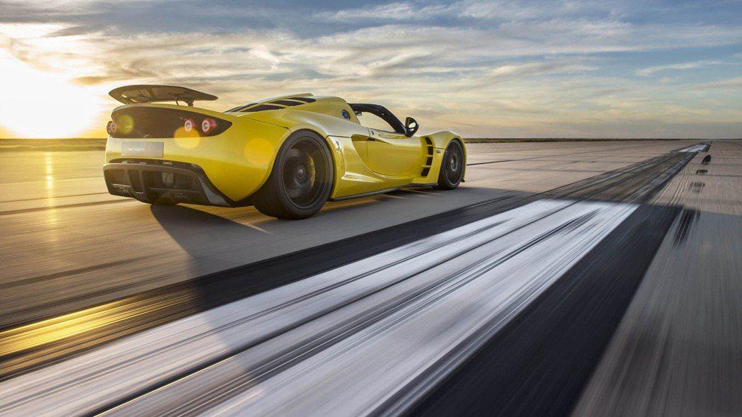 Venom GT Spyder敞篷車採用來自Lotus Exige的底盤基礎打造...