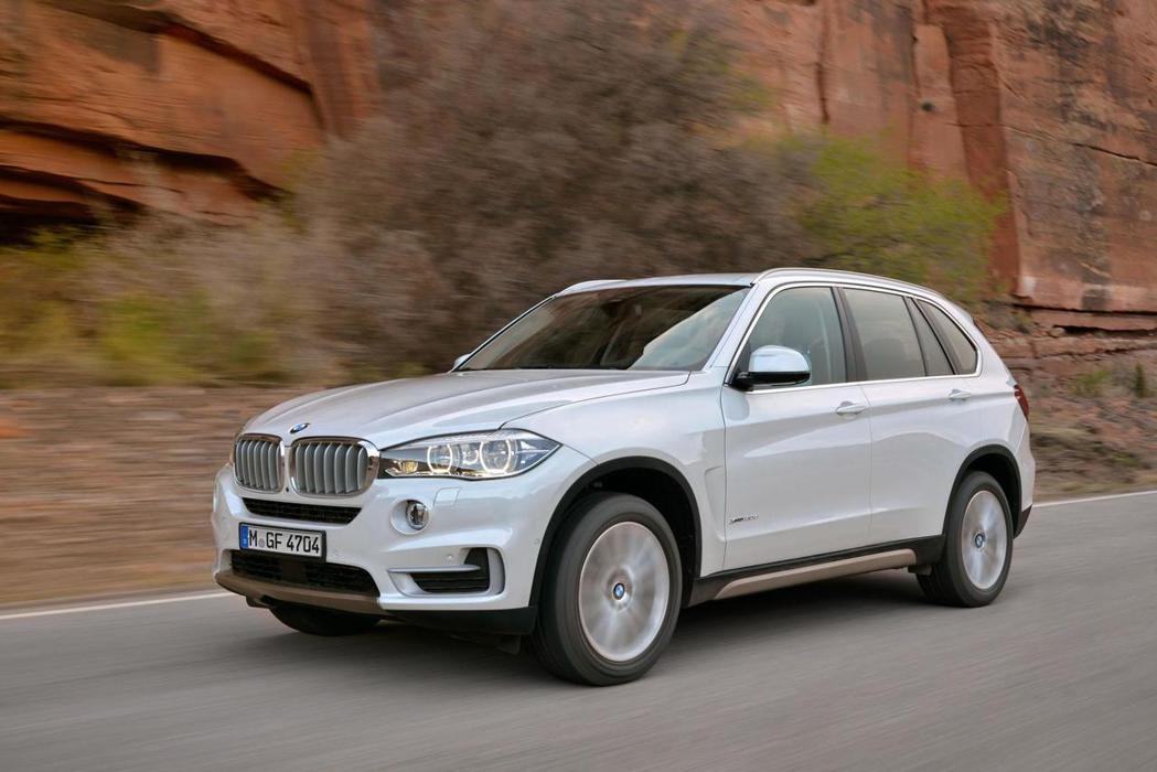 根據國外消息指出,BMW有意在明年提前推出X5休旅車的全新樣式。 摘自BMW.c...