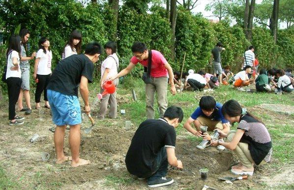 大學生營新宿營活動,示意圖非文中學生/聯合報系資料照。