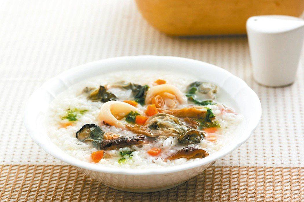 海鮮粥。 圖/天和鮮物提供、記者邱德祥攝影