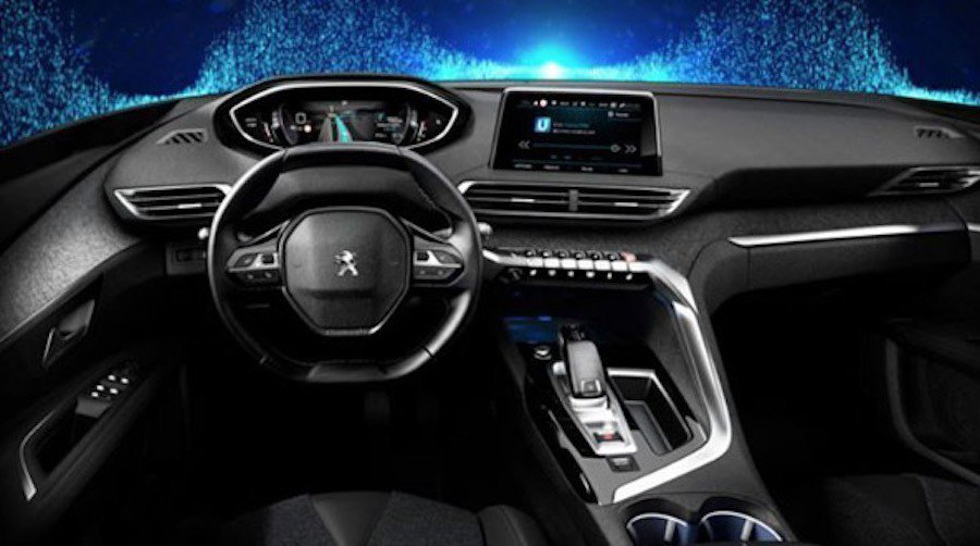 新一代的Peugeot 3008內裝近日曝光。 摘自carscoops.com