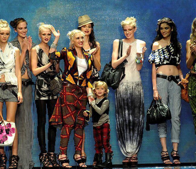 關史蒂芬妮(左4)自創的時尚品牌L.A.M.B.很成功。圖/摘自網路