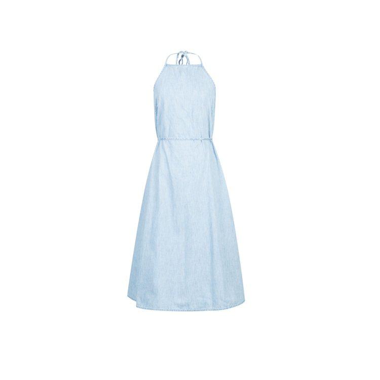 女性沁涼連身洋裝。圖/Gap提供