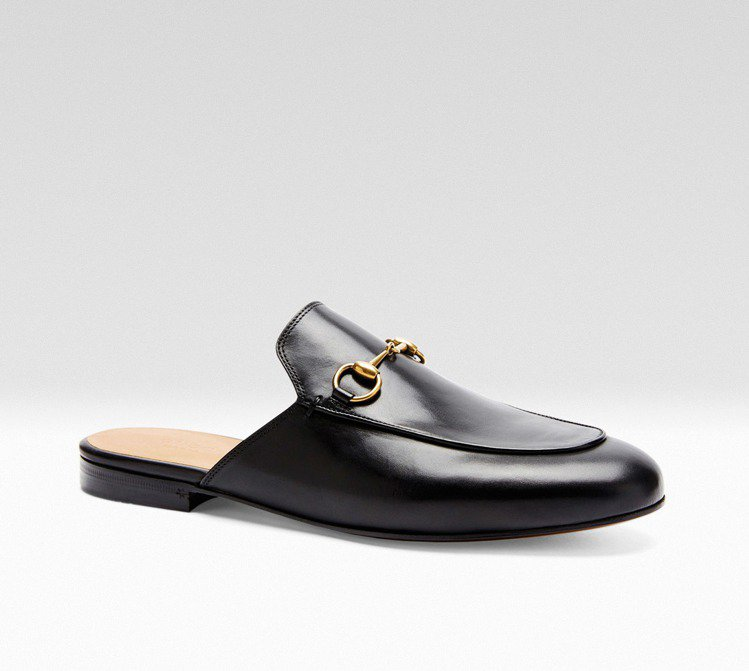 Princetown 黑色經典馬銜鍊便鞋 ,000。圖/Gucci提供