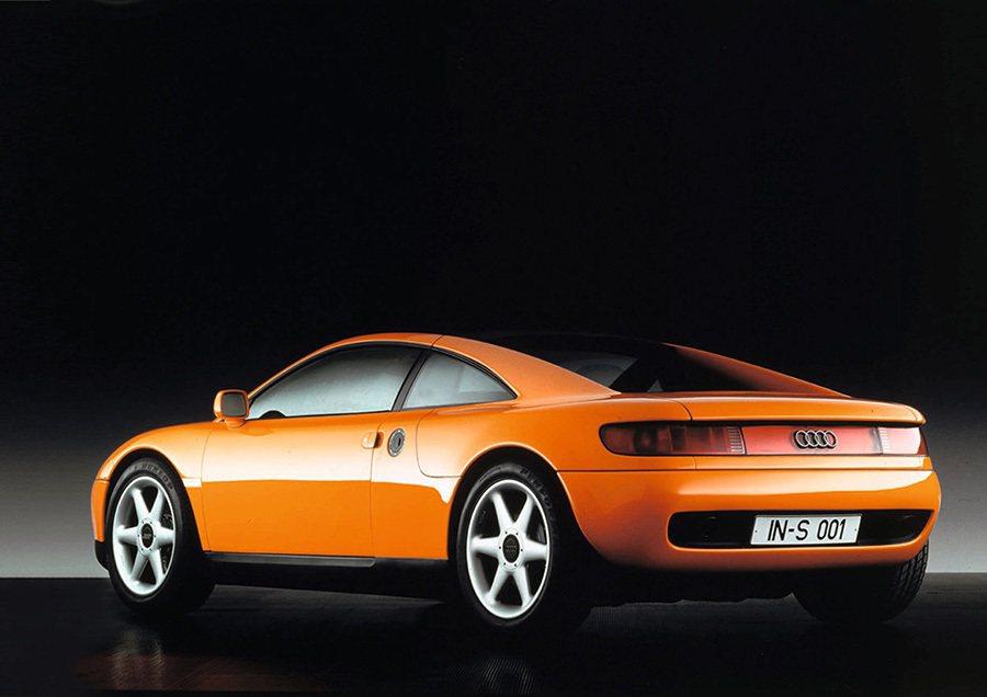 Audi於1991年法蘭克福車展首度發表Audi quattro Spyder與...