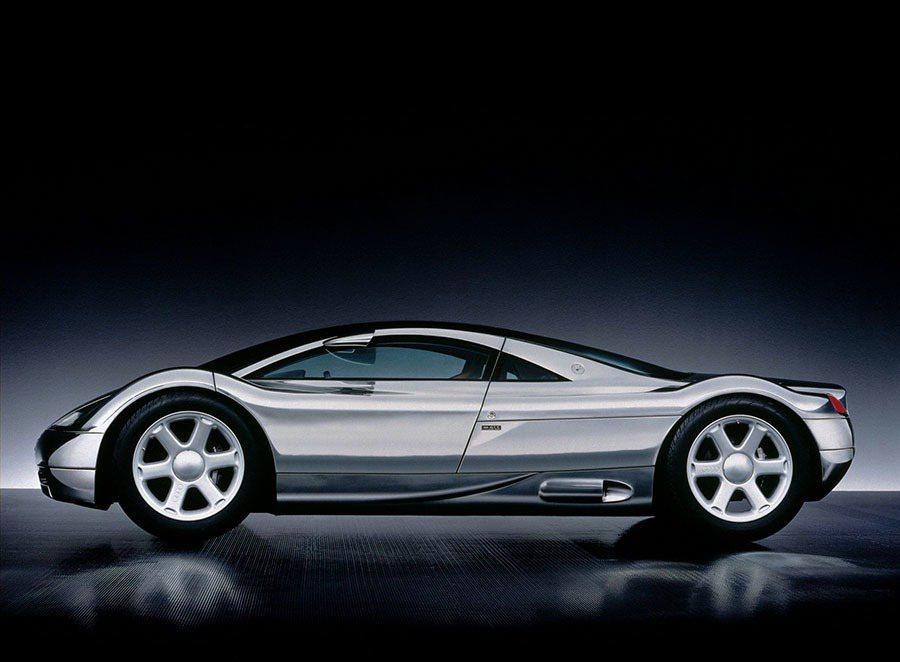 1991年東京車展,Audi 發表Avus quattro概念車,高拋光全鋁合金...