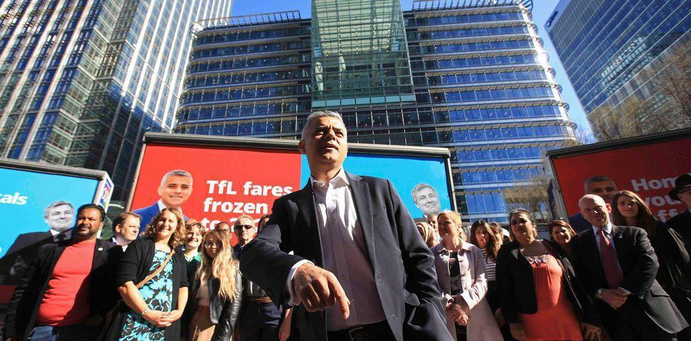 倫敦市長參選人沙定康5月4日選前最後一天的競選衝刺。 圖/路透社
